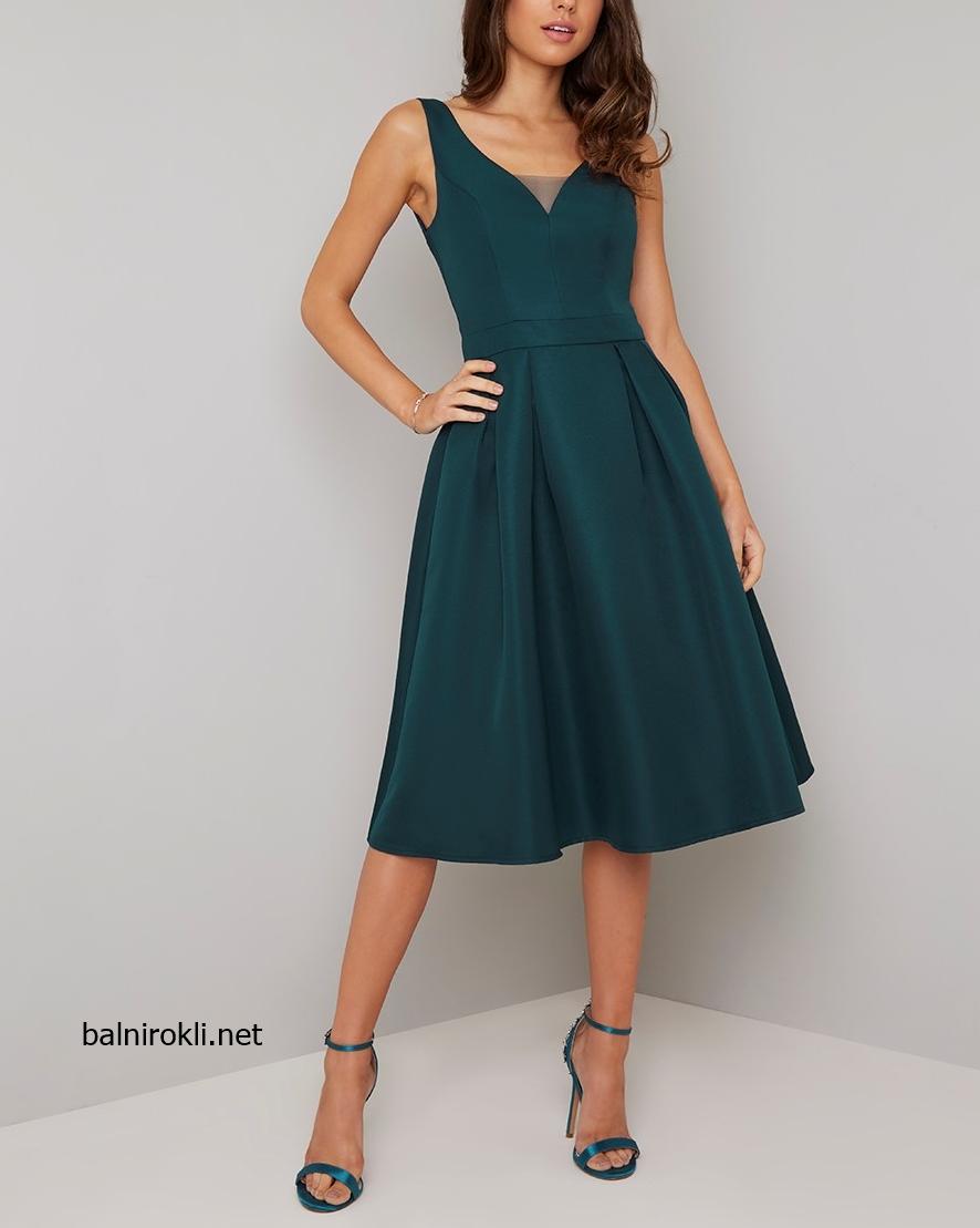 зелена къса рокля сатен