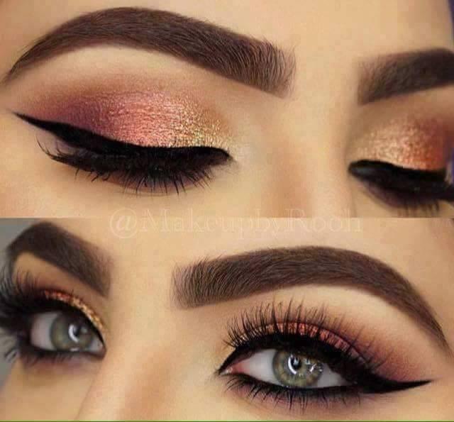 красиви очи с модерен грим блестящи сенки