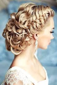 красива официална прическа за булка,абитуриентка сплетена коса