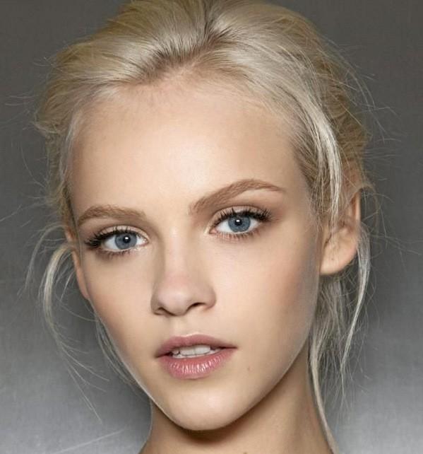 червило за блондинки