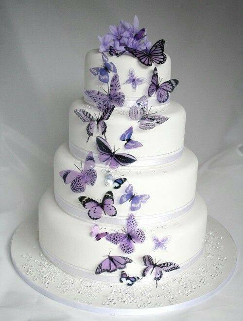 сватбена торта с пеперуди